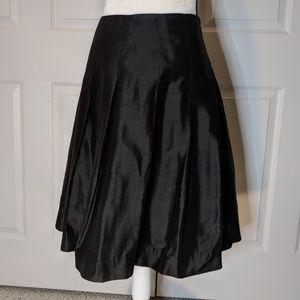 Banana Republic silk ful skirt size 4